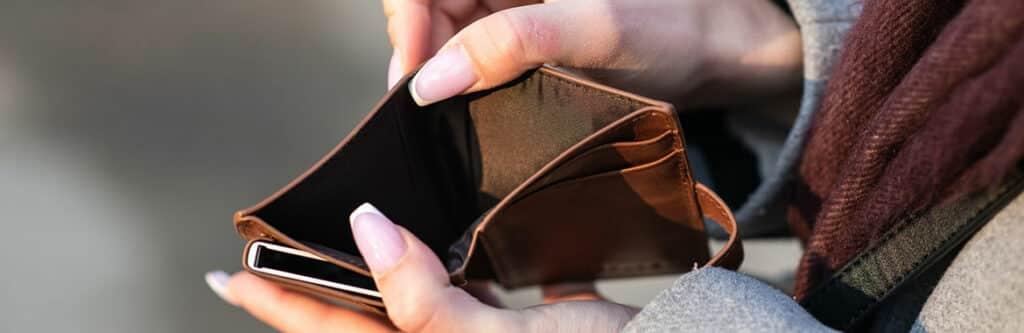 Leerer Geldbeutel: Kein Geld mehr - was tun?